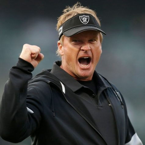 Raiders head coach Jon Gruden