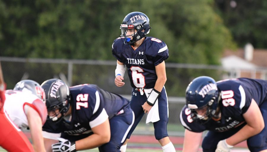 Shaler+Area+QB+Dominic+Rossi+awaits+a+snap+against+West+Allegheny.