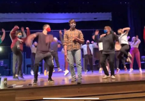 Cast of The Wedding Singer rehearses in the auditorium.